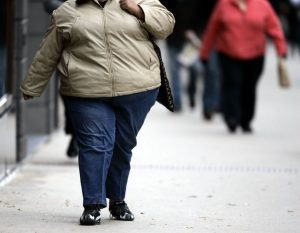une personne obèse